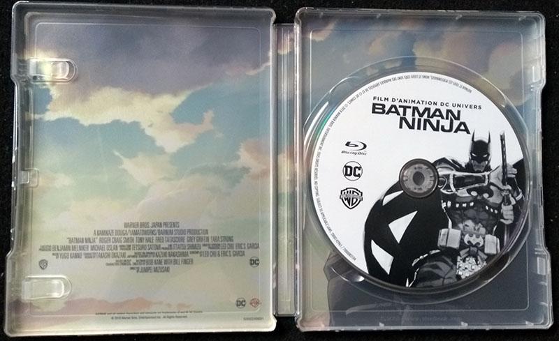 Batman Ninja - Steelbook - Intérieur avec disque